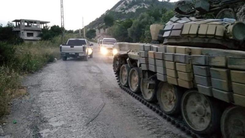 Massiver Konvoi mit Verstärkung für die syrische Armee im nördlichen Latakia eingetroffen (1)