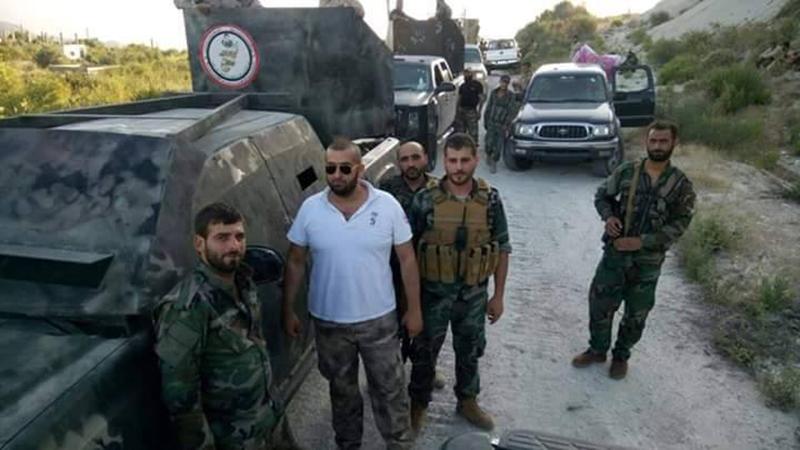 Massiver Konvoi mit Verstärkung für die syrische Armee im nördlichen Latakia eingetroffen (2)