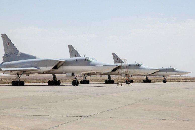 Satellitenbilder zeigen wichtige Details der auf der iranischen Luftwaffenbasis Hamedan stationierten russischen Luft- und Raumfahrtkräfte 3
