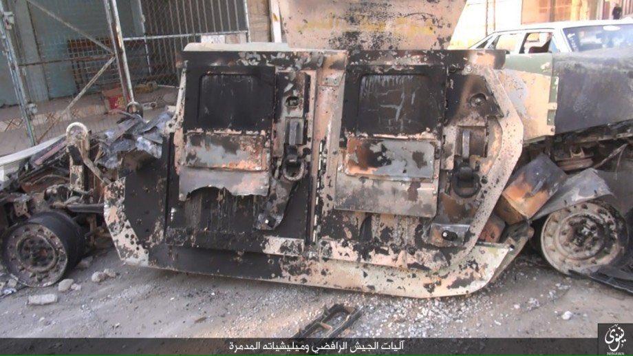 zerstorte-ausrustung-der-irakischen-streitkrafte-in-den-ausenbezirken-von-mossul-3