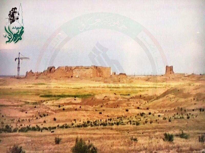 Irakische Volksmobilmachungskräfte befreien antike Stadt Hatra im Südwesten Mossuls