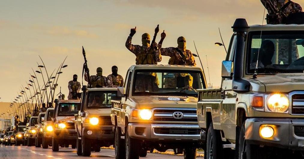 Ein Konvoi des Islamischen Staats